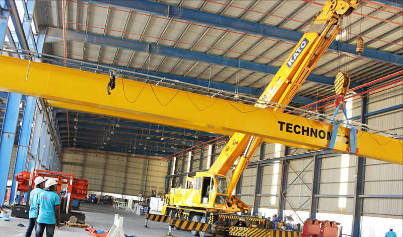 Authorised Street Crane Supplier in UAE  Technomac Crane